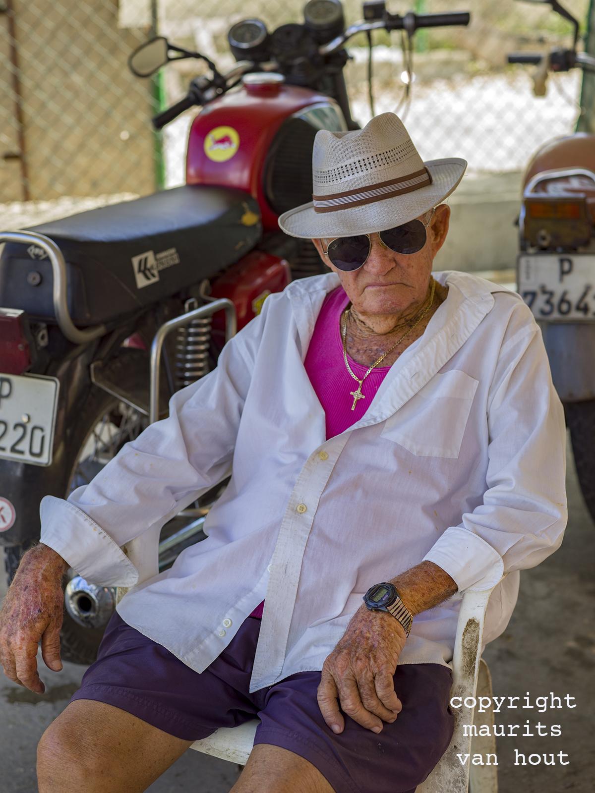 portrait of a man, Cuba Varadero by Dutch photographer Maurits van Hout