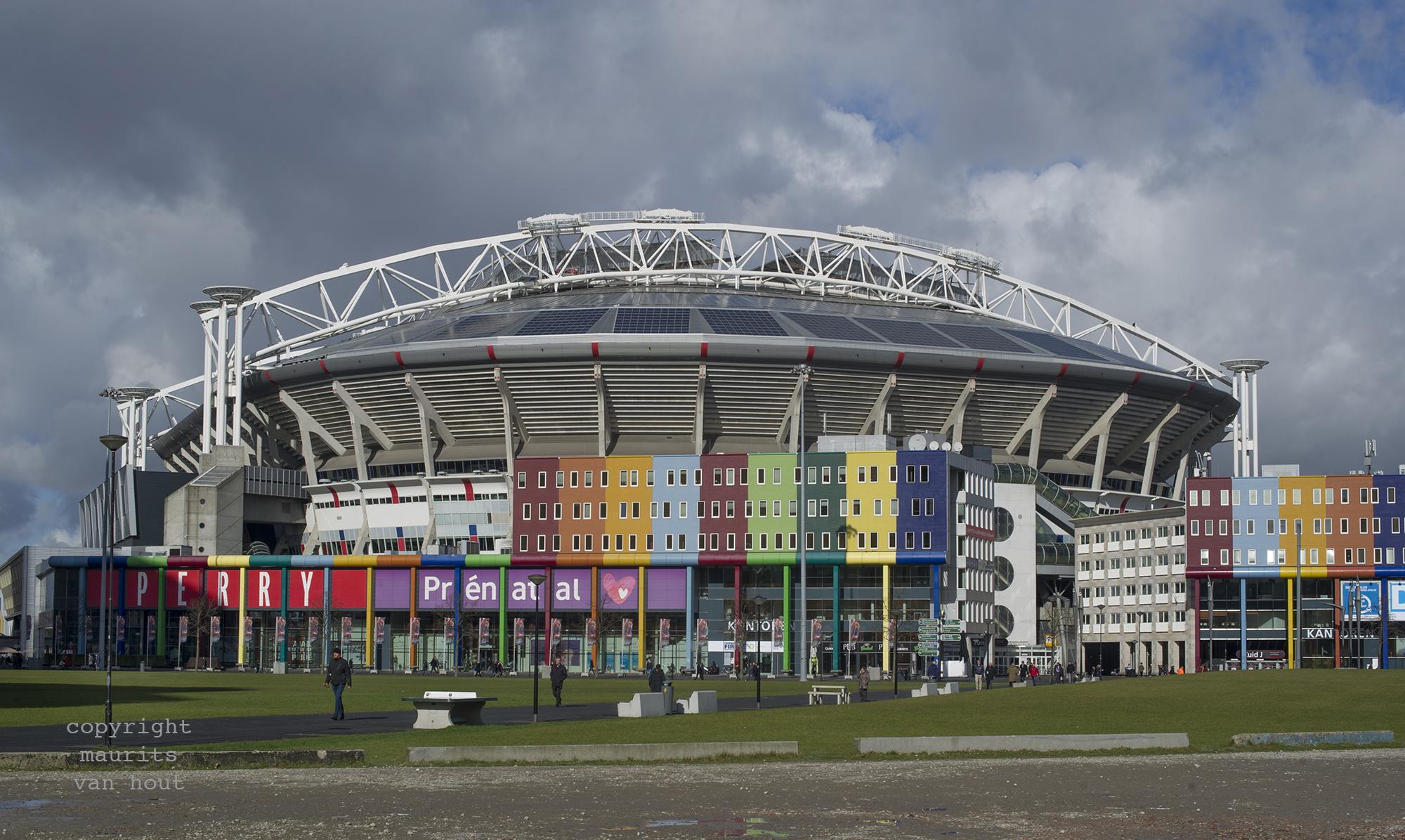 Amsterdam Arena gefotografeerd door architectuurfotograaf Maurits van Hout