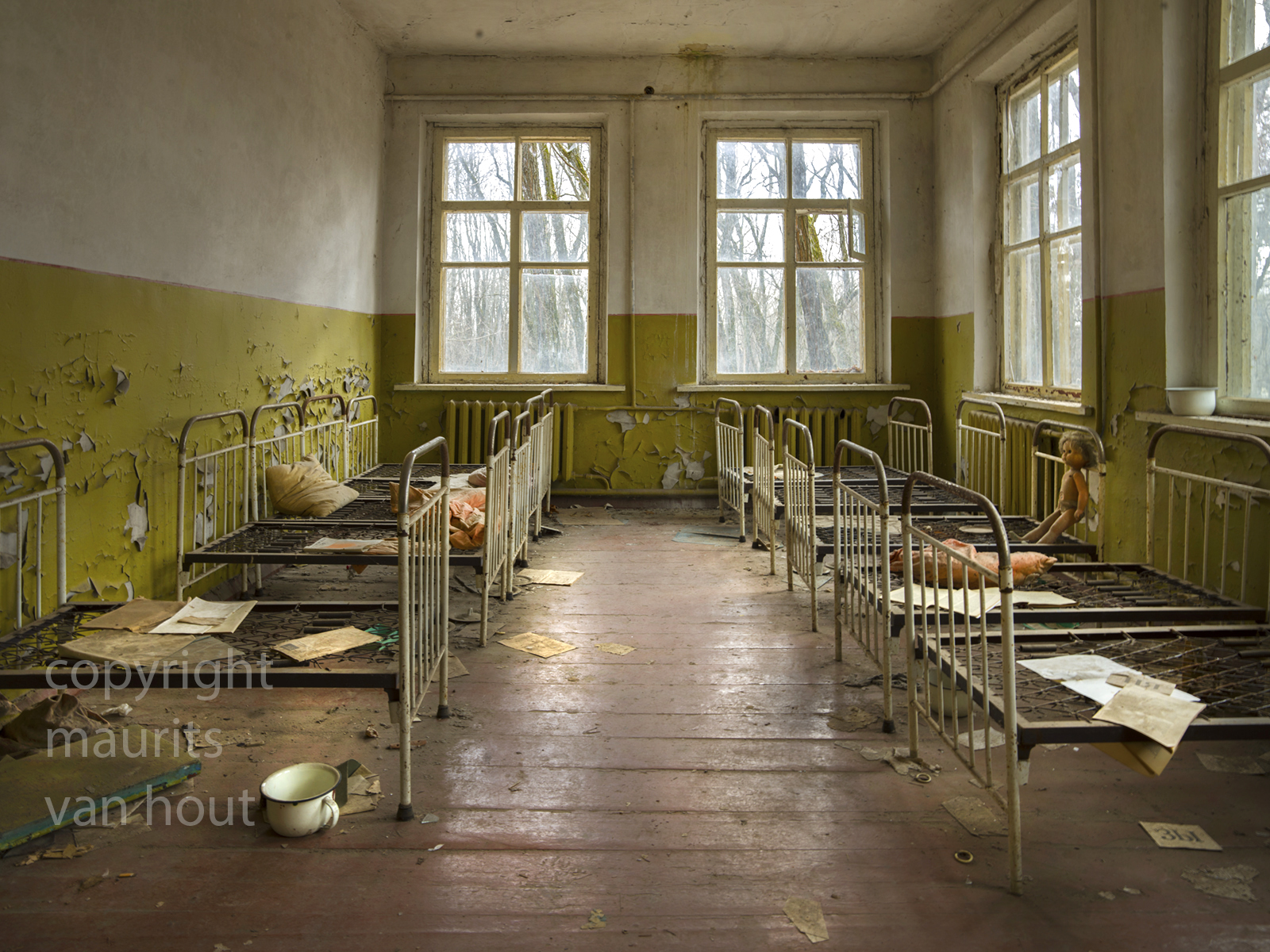 Ukrain, Tjernobyl2. Photo: in the are called Tjernobyl 2 where the military facility the Doega is, they had many facilities like a childcare centre.