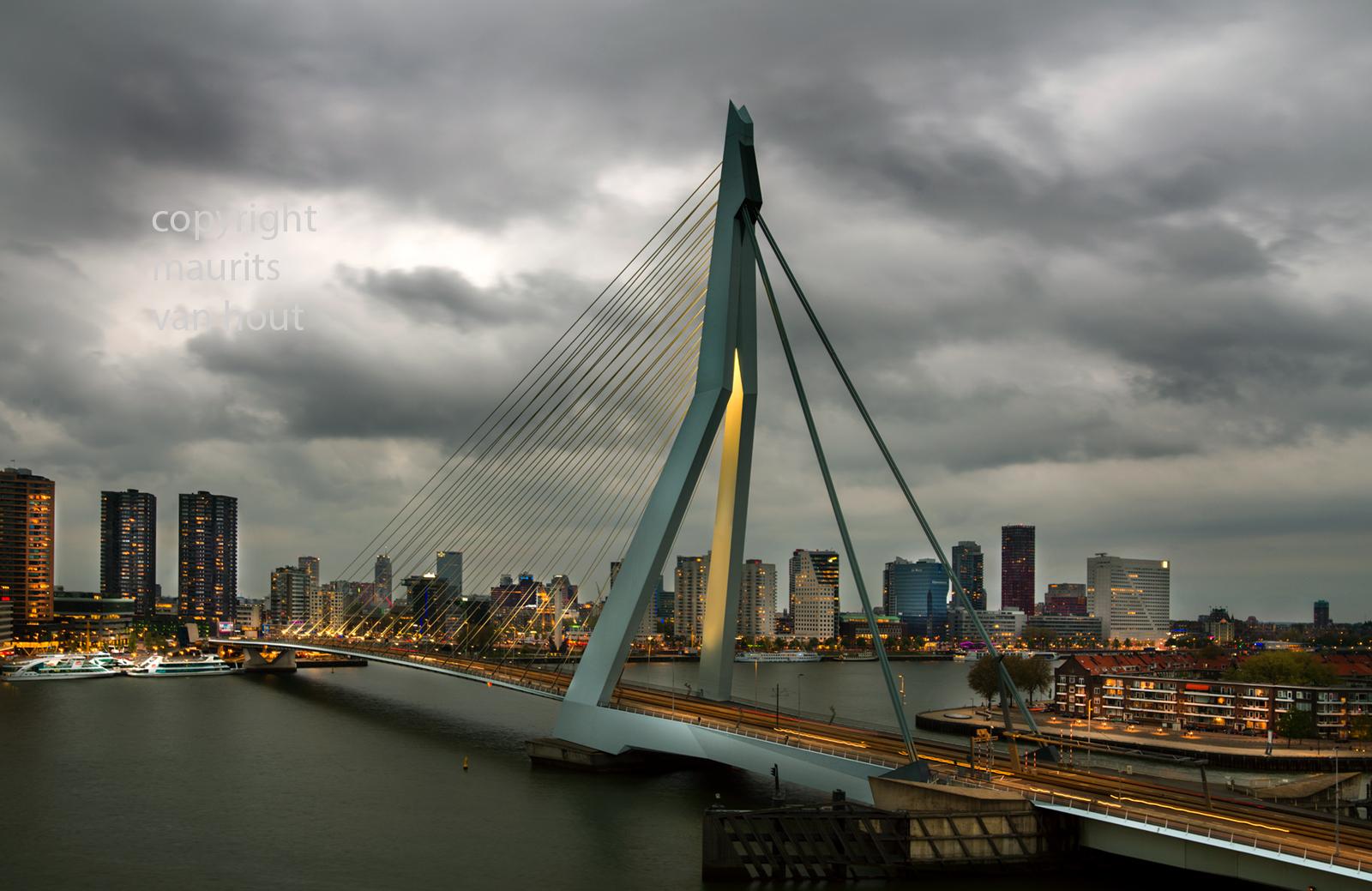 Zonsondergang Erasmusbrug Rotterdam